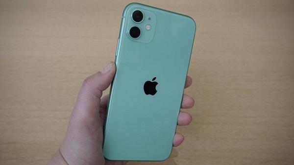 iPhone 11 có thêm 1 tiếng sử dụng so với iPhone Xr