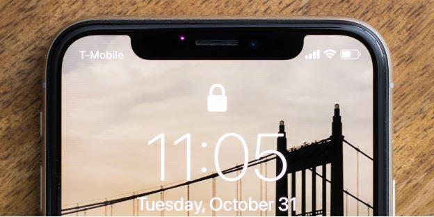iPhone X còn tiên phong với thiết kế màn hình tai thỏ độc đáo