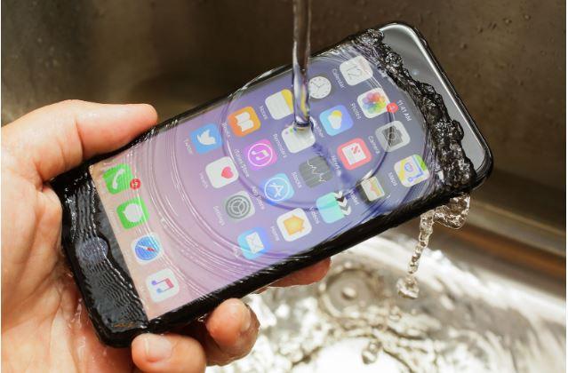 Khả năng kháng nước của iPhone 7 sẽ giảm dần theo thời gian