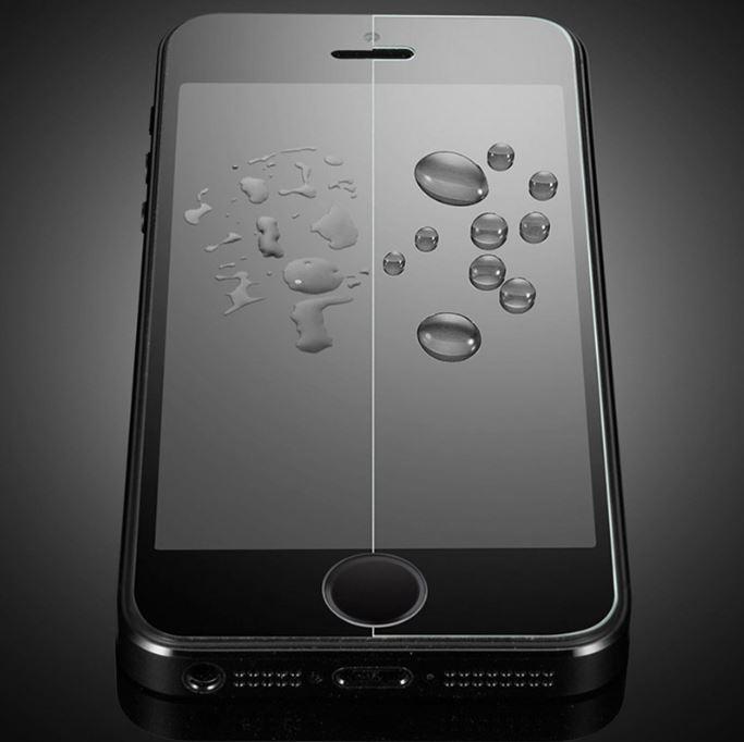 Màn hình Apple chính hãng cho khả năng hội tụ nước tại một điểm