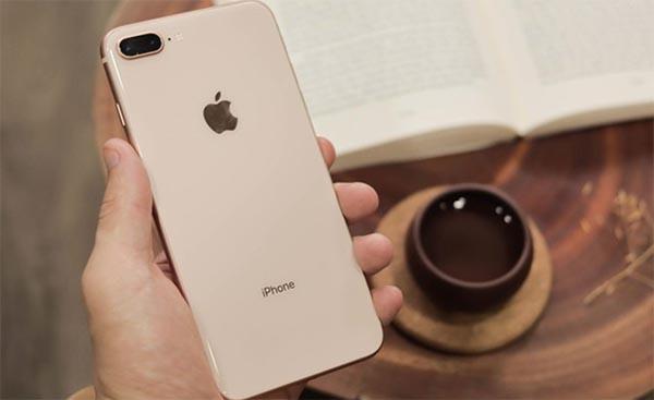 iPhone 8 Plus trang bị 2 camera phía sau 12MP chất lượng