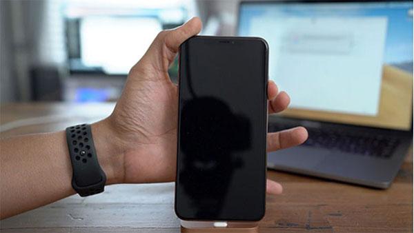 Màn hình iPhone không lên là do dung lượng pin đã cạn