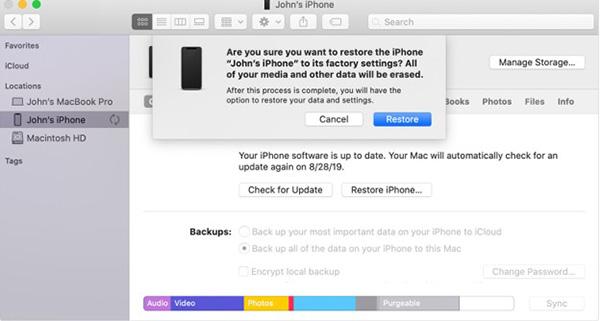 Cách restore lại thiết bị iPhone thông qua iTunes