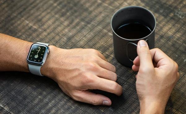 Apple Watch series 5 có thời lượng pin tốt hơn