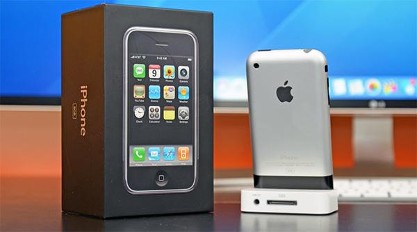 iPhone 2G (2007)