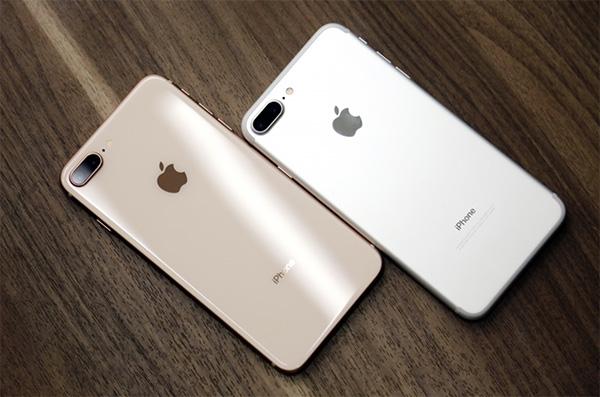 iPhone 8/8 Plus (2017)