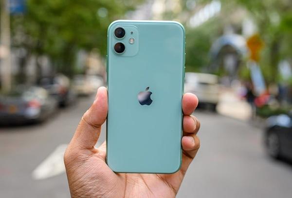 iPhone 11 cũng được trang bị camera kép chụp ảnh đẹp